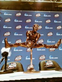 Oscar Robertson trophy